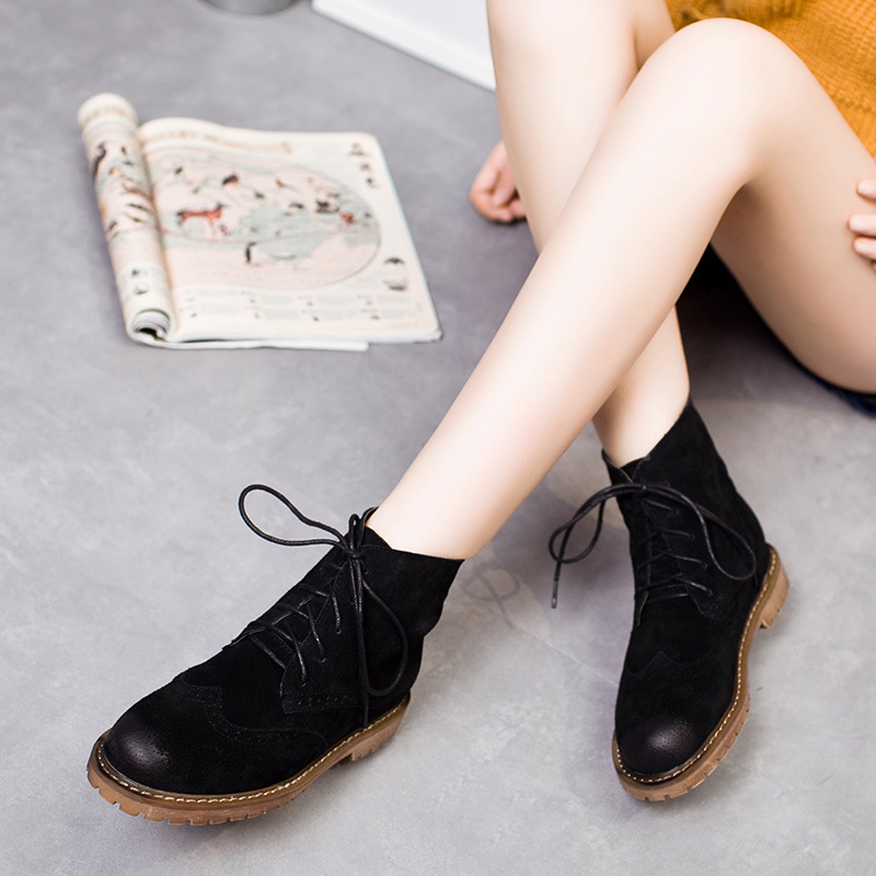ФОТО British Carved High Top Suede Womens Martin Boots Fashion Brush Color Round Toe Lace Up Square Heel Ladies Motorcycle Boots