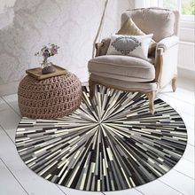 Alfombras de rayas geométricas, blanco y negro, gris, patrón simple abstracto, alfombra redonda, estudio, mesas de ordenador y sillas, alfombrillas, piso de puerta