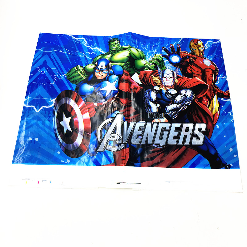 MARVEL AVENGERS PARTY 8 Loot Bags PLASTIC TABLE COVER Iron Man THOR Hulk CAPT