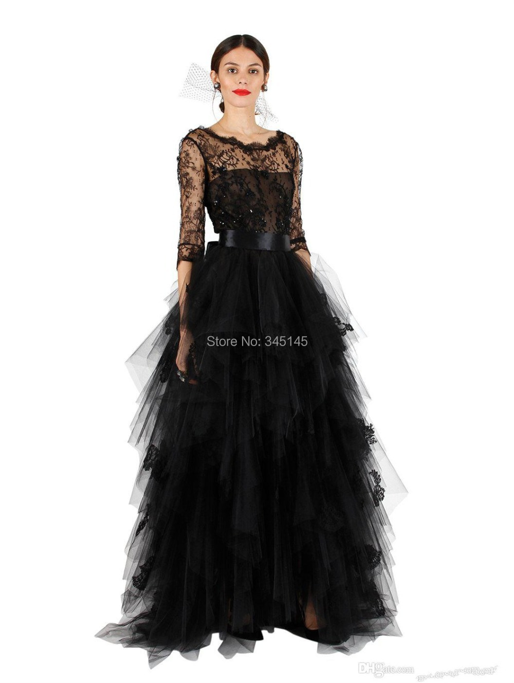 Sexy Formal Evening Dresses Ball Gown Crew Floor Length Sexy Prom Gowns Lace Embroidery Sash Tiered Tulle Gown Custom Made