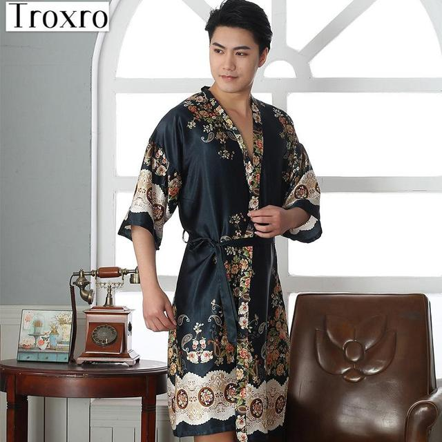 Bathrobe Men Half Robe Regular Sleeve Bathrobes Man Sexy Wear Plus Size  Yukata Personalized Luxury Loungewear Cotton 2122 8d931fbd277e