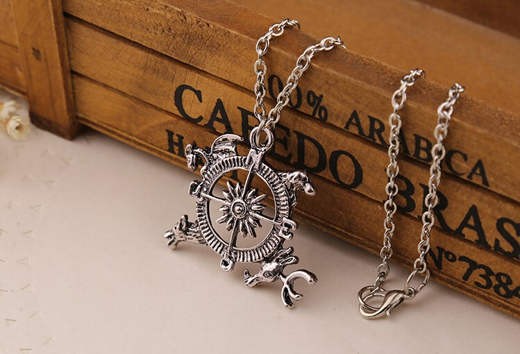 Game of Thrones Retro Song of Ice And Fire Necklace