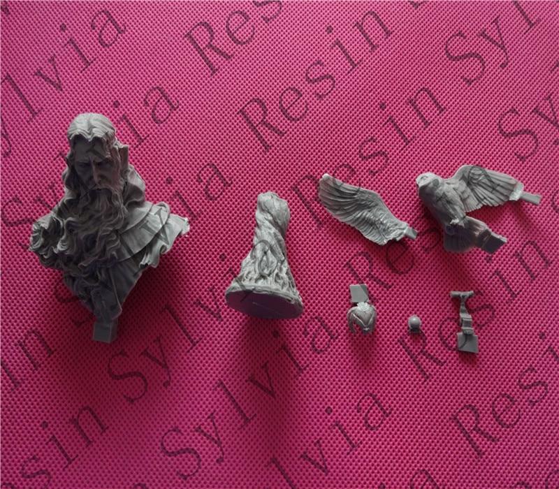 купить pre order-1/10 Messenger Resin Bust Model по цене 6731.75 рублей