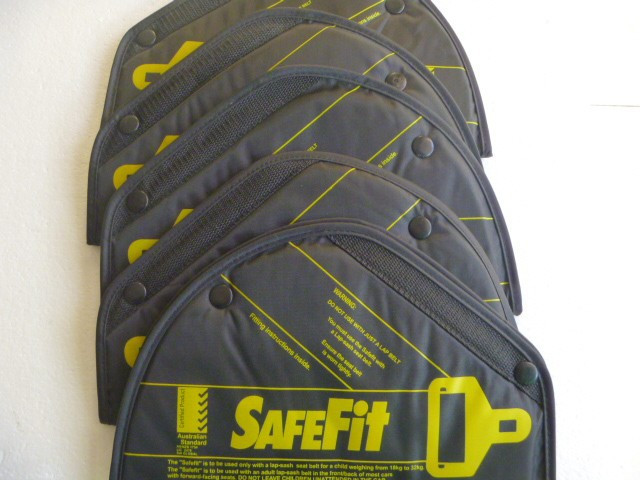 10pce Safe belt 3 buttons protect children child Seat belt children safe fit car safe seat device baby safety belt 2-14year