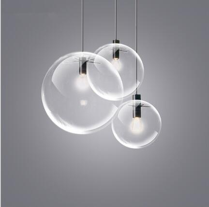 Transparent glass ball lamp restaurant bar modern minimalist single head personality creative spherical bubble pendant lamps.Transparent glass ball lamp restaurant bar modern minimalist single head personality creative spherical bubble pendant lamps.