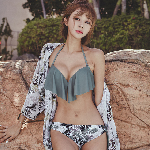 43c66b0037e50 New Korean Style Sexy Bikini 3 Pieces Cover Up Swimming Suit Hasp Bathing  Suit Women Halter Underwire Push-Up Ruffer Swimwear