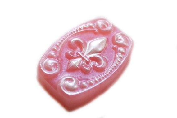 Gel de silice silicone moule Fleur de Lis savon parti faveur cadeau Fleur savon à la main savons moules moule facile à utiliser arôme pierre moules