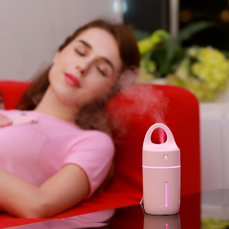 2017 New Magic Cup Car Humidifier USB Port Aroma Diffuser Night Light Mist Maker Replenishment Spray