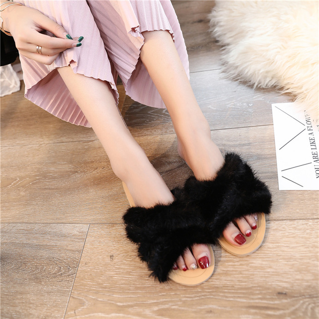 a8f8bd92f3b34 fluffy slippers slippers with fur house shoes designer shoes women luxury  2018 teenslippers women slide sandals lights gg slider