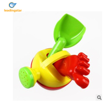 LeadingStar 3 Pieces Children Beach Toy Set Sprinkler Shovel Footprint Fun Baby Play Water Sand Tools Puzzle Toys Random zk20(China)