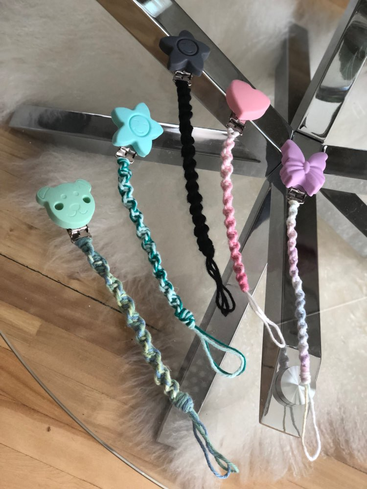 Купить с кэшбэком Chenkai 10PCS Silicone Round Heart Star Bear Teether Clips DIY Baby Pacifier Dummy Teething Chain Holder Soother Toy Clips