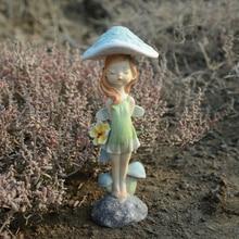 Creative cute mushroom elf flower fairy girl resin home decoration ornaments to send girls Festival gift garden