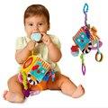 Nuevo bebé bebé de juguete de felpa móvil bloque embrague cube toys temprano educativo del bebé recién nacido sonajeros 0-12 meses