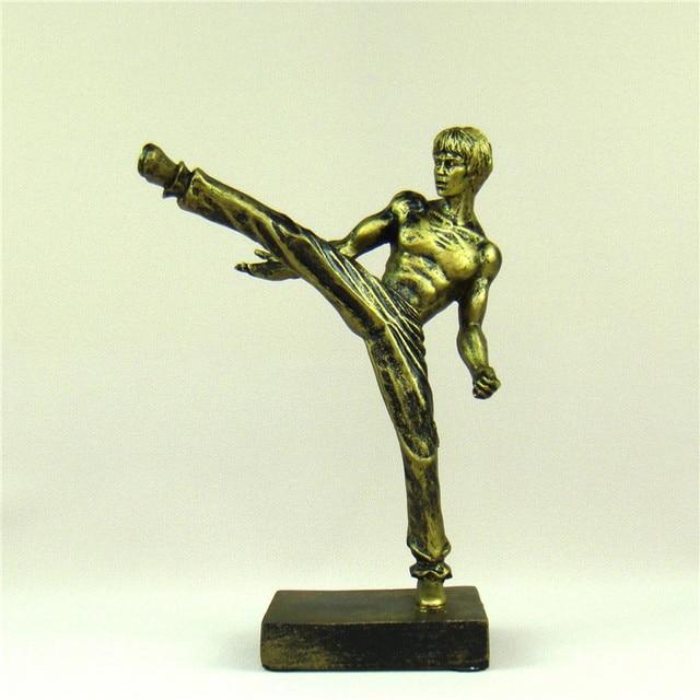 Bruce Lee Miniature Chinese Kung Fu Figure Kicking Sculpture Nunchaku Ornament Movie Star Souvenir Present Craft Art Collection 1