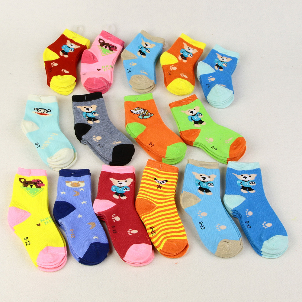 New childrens socks, polyester spring and autumn cartoon baby sweat-absorbent breathable special offer