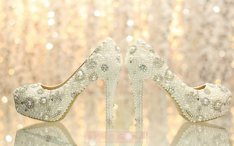 12cm High Heel White Wedding Dress Shoes Woman Party Prom Shoes Luxurious Elegant Wedding Bridal Shoes with Imitation Pearl fashion white lady peep toe shoes for wedding graduation party prom shoes elegant high heel lace flower bridal wedding shoes