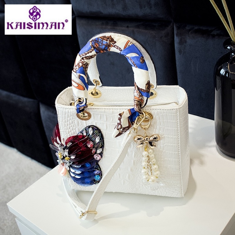 Luxury Brand Women Tote Bags Pearl Diamond studded Bag Crocodile Pattern Leather Hadnbag Butterfly Design Shoulder