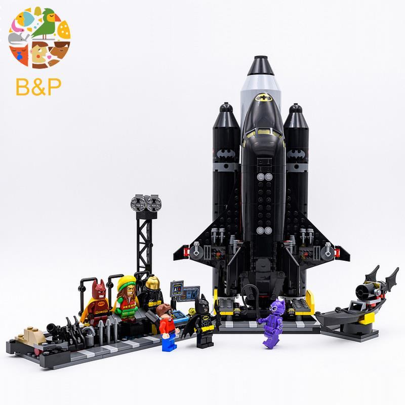 70923 Batman Super hero Series 720pcs The Bat Space Shuttle Model Building Block Bricks DIY Toys For Children Gift 07098 цена и фото