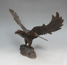 Christmas Christmas Gift  Eagle wings eagle grand plans parlor ornaments Lucky Eagle statue Halloween
