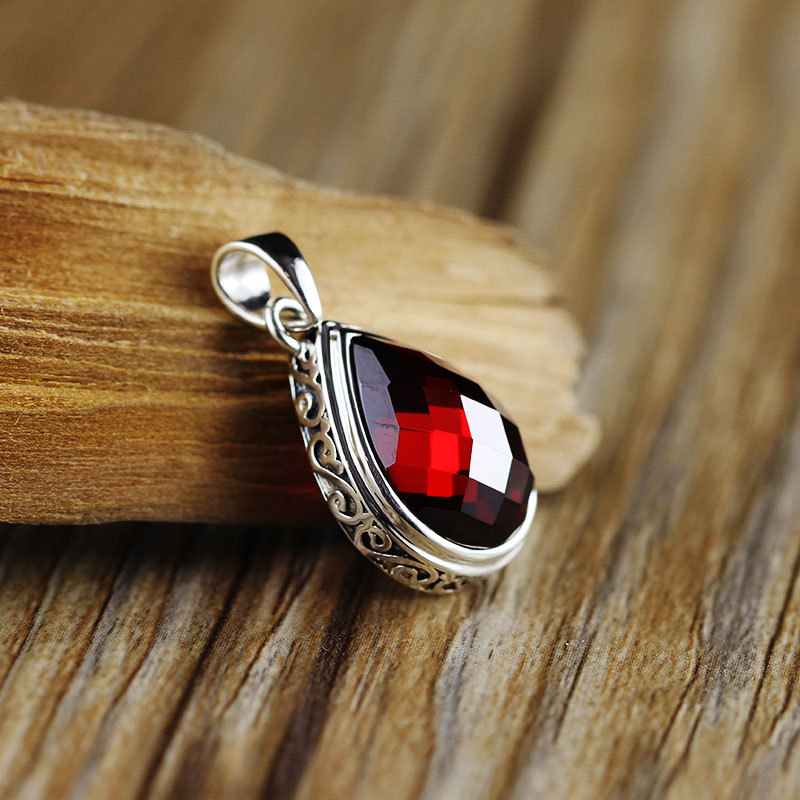 New Arrival Natural Garnet 925 Silver Pendnat For Women Men Vintage Style Silver Pendant Necklace Jewels