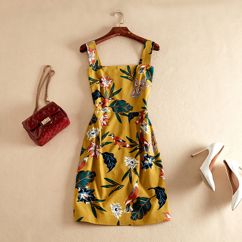 Nouvelle robe d'été à bretelles Spaghetti pour fille mignonne jaune Sexy au-dessus du genou Mini robe Sexy femme