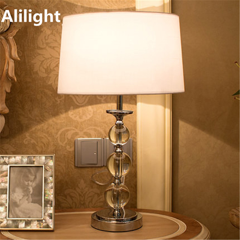 Modern elegant fashion crystal table lamps luxury brief for Table lamps for living room modern