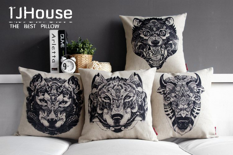 The Petals Of Black And White Stripes Wolf Totem Deer Head Pillow Massager Decorative  Pillows Euro