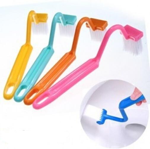 1 PC portátil cepillo de baño depurador Tipo V limpiador cepillo limpio doblado de mango de Color al azar bien 0158