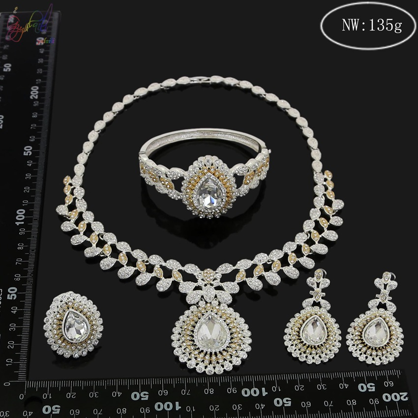 YULAILI 2018 High Quality Excellent Polishing Pure Gold Color Party Costume Jewelry Sets for Ladies in Jewelry Sets from Jewelry Accessories