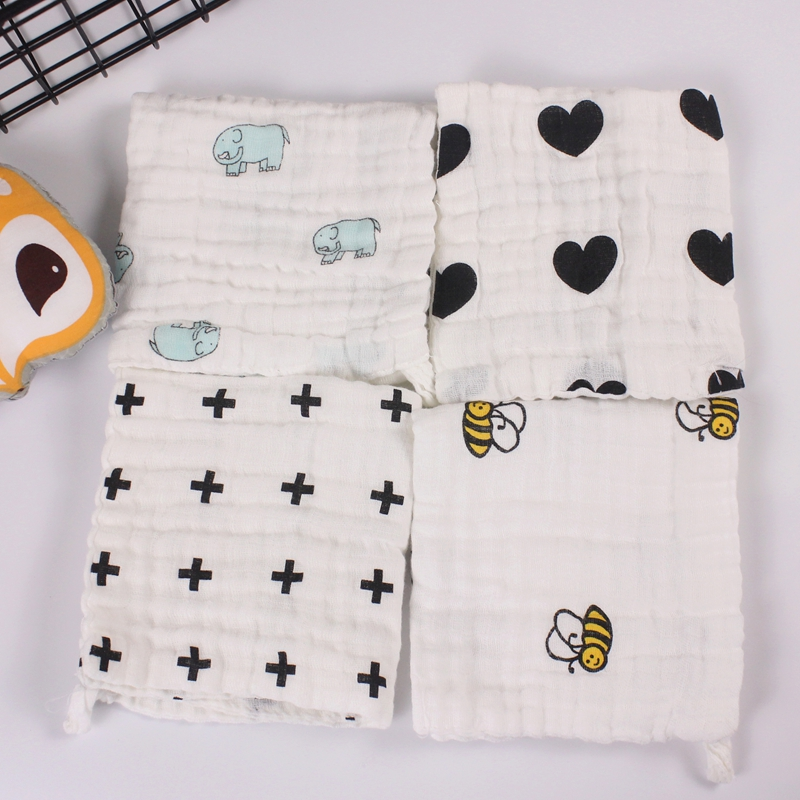 5pcs a lot baby towel 4 layers 100% cotton handkerchief infants wipe cloth soft water absorption black white cartoon patterns
