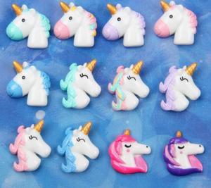 Pequeños adornos para manualidades de centro, cabujón de resina artesanal con parte posterior plana de unicornio Kawaii para decoración DIY, suministros de adorno para el cabello