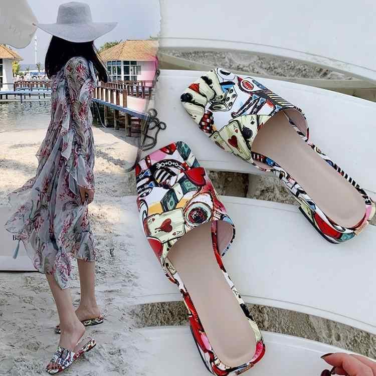 Chic Imprimir Graffiti Colorido Uma Fivela Chinelos Mulheres Peep Toe Deslizamento Na Praia Menina do Verão Sapatos Baixos Saltos Robustos Slides marca