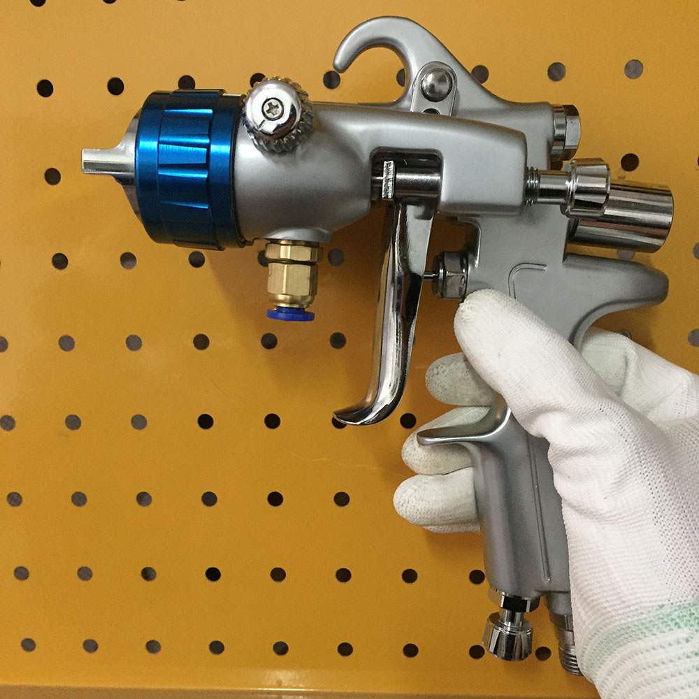 SAT1189 silver mirror chrome paint gun high pressure feeding type dual head spray gun double nozzle 1.3 air paint spray gun