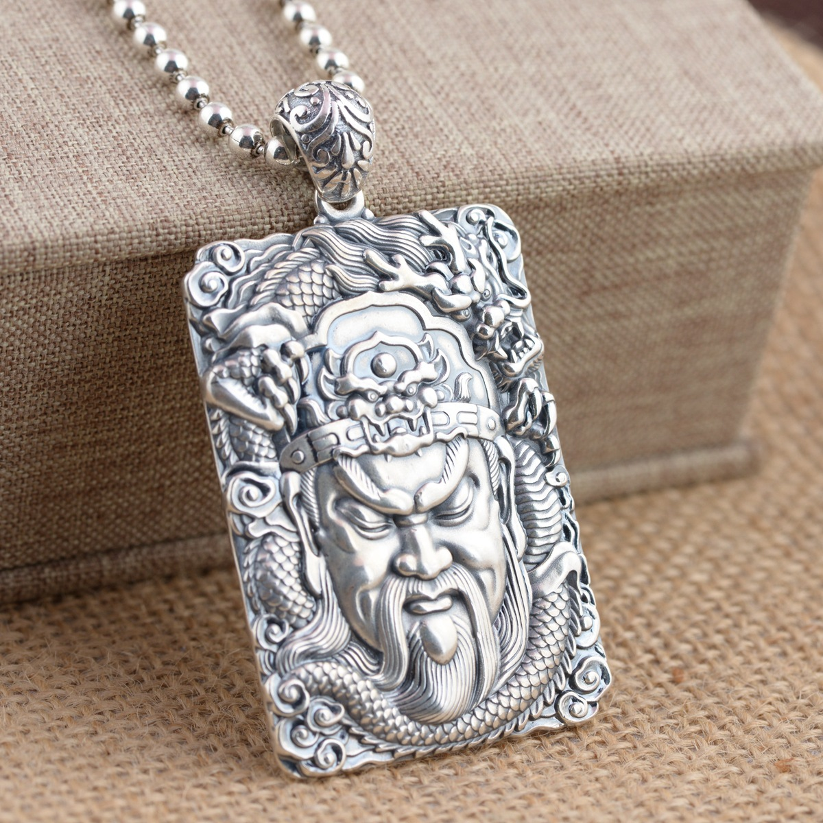 2018 Special Offer Direct Selling Emperor Jewelry Line S990 Sterling Pendant Loyalty Archaize Style Male Square Guan Gong