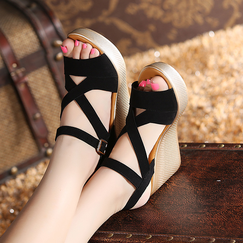 2017 slope sandals with the female fish head high-heeled shoes large size women's waterproof platform sandals sandals slope with super high heels 14cm platform shoes sandals and slippers spring and summer fish head thick crust waterproof shoes