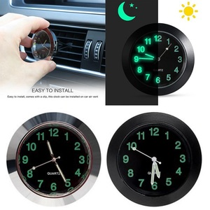 Image 1 - 車発光ゲージ時計クリップ自動車エアベントクォーツ時計美しいと実用的な電子時計スタイリングベンツ bmw