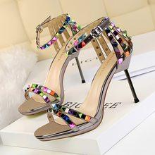 11200ce7ce Verão novo sandálias gladiador das mulheres sapatos de salto alto do dedo  do pé aberto sapatos de festa moda feminina sexy color.