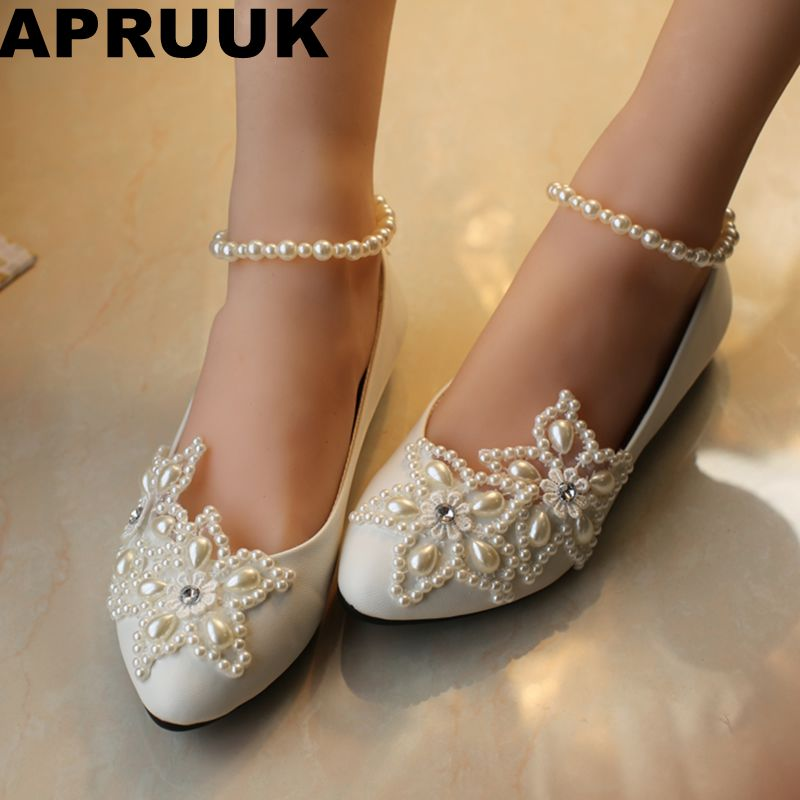 2018 woman white ivory plus size 34-41 flat wedding shoes pearl anklet brides shoes low high heel women's wedding shoe big sale ivory fashion lace flowers flat heel wedding shoes woman pearls ankle beading beaded anklet sweet flower girls bridesmaid shoes