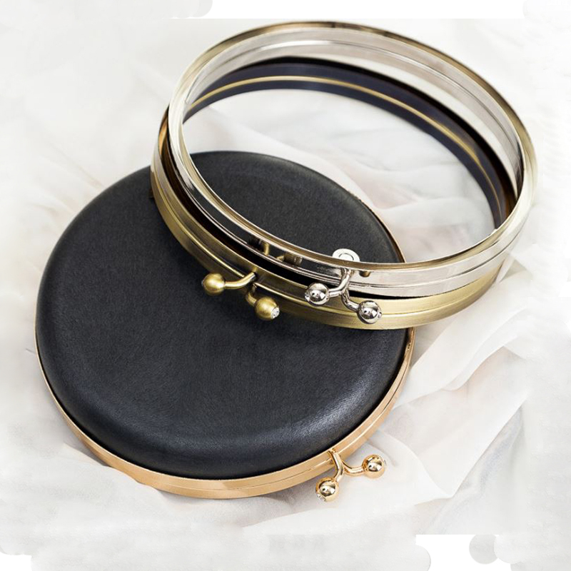 цены YESIKIMI DIY Handmade Bag Accessories Evening Circle Handbag Acrylic Black Kiss Clasp Round Bag Metal Frame Antennae Of Bees