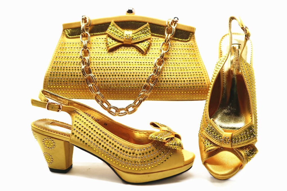 Fashion gold shoes and bag set for african aso ebi lace dress party italian shoe and bag matchign set in gold color SB8251-3 все цены