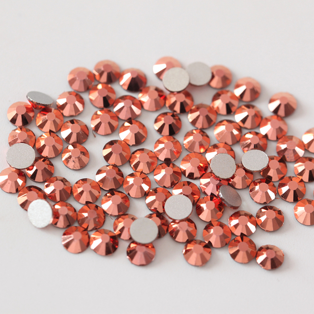 SS3-SS30 Rose Gold Nail Art Rhinestone Flatback Glass Non Hotfix Rhinestones  Glitter Strass for Nail Art Designs H0081 38235b3587a9