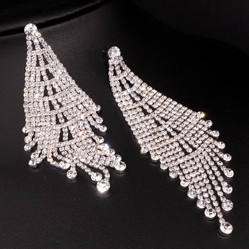 Luxury Rhinestone Crystal Long Tassel Earrings for Women Big Drop Dangle Wedding Bridal Earrings Wedding Accessory Jewelry E1748