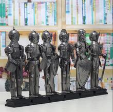 Старинные украшения Дома подарки металлического железа ремесло Европейский классический королевский броня воин модель Фигурки Миниатюры бесплатная доставка