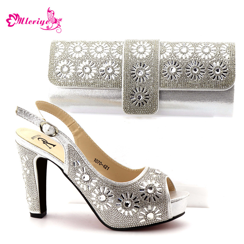 Latest Design Women Shoes and Bag Set In Italy Sales In Women Matching Shoes and Bag Set Decorated with Rhinestone Party Pumps cd158 1 free shipping hot sale fashion design shoes and matching bag with glitter item in black