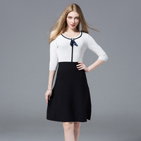 2018 autumn new brooch high waist stitching contrast color round neck knit dress female student A word dress Q113