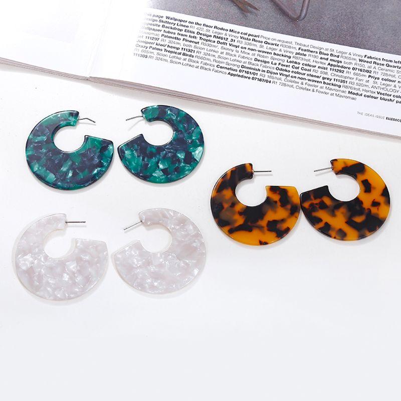 Fashion Leopard Acrylic Resin C Round Stud Earrings Women Acetate Tortoiseshell Jewelry in Stud Earrings from Jewelry Accessories