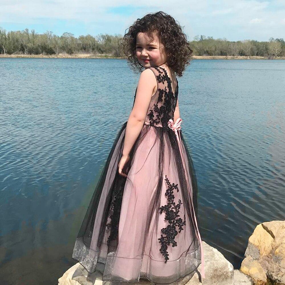 Nouvelles filles chaudes Tulle sans manches Double col en v dentelle Appliques robes de bal robes de demoiselle d'honneur princesse fête d'anniversaire robes de mariée