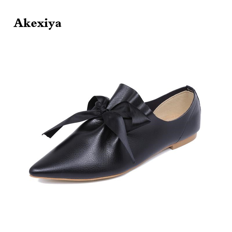 2017 Women s Shoes Pointed Toe Flat bottomed Single Shoes Female PU Leather Fashion Big Bow