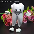 1 Pc Dente-figura Brinquedo do Aperto Suave Espuma de PU Apaziguador do esforço do Dente Odontologia Dentista Presente Item Promocional