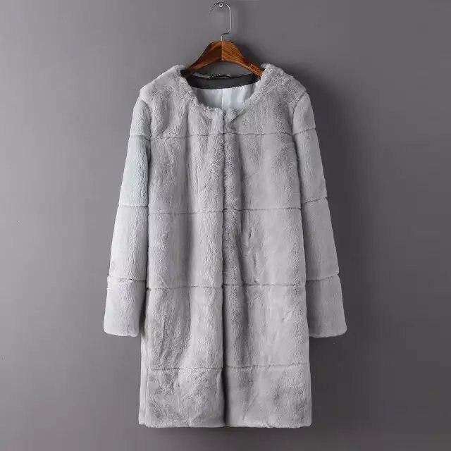 Abrigo de piel gris